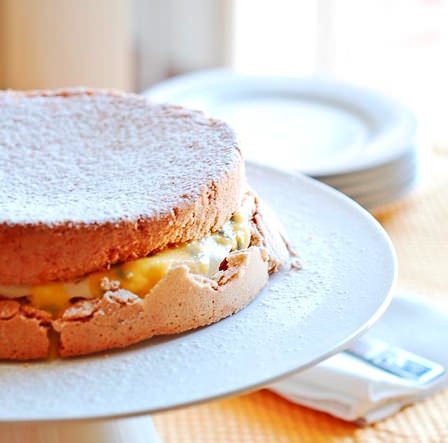 sponge cake with passionfruit curd