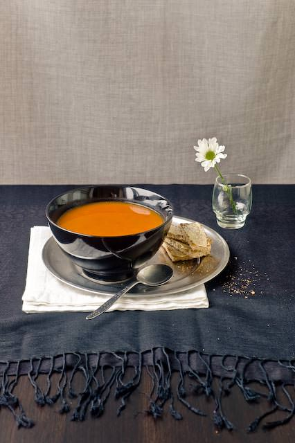 roast tomato and capsicum soup