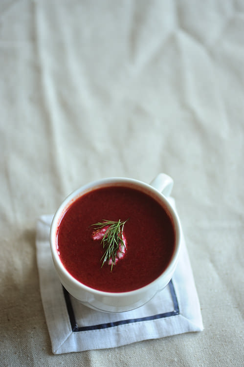 cup of beetroot and pear soup