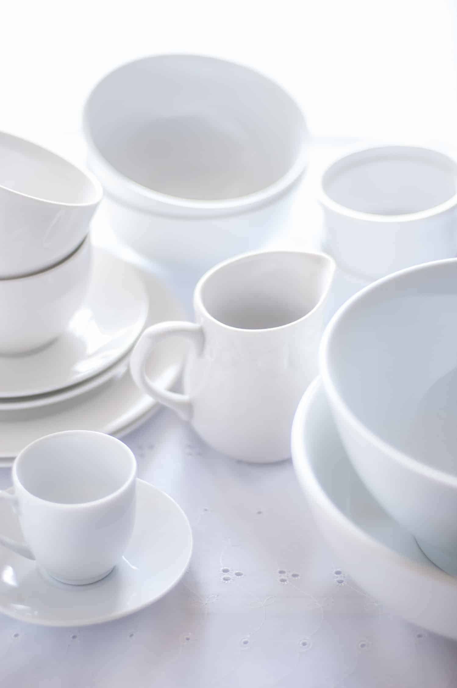 white-crockery