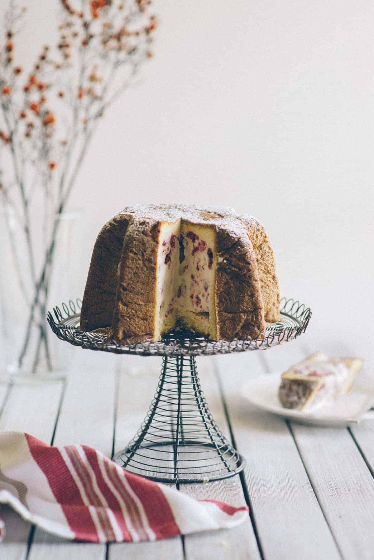 Pandoro Ice Cream Cake