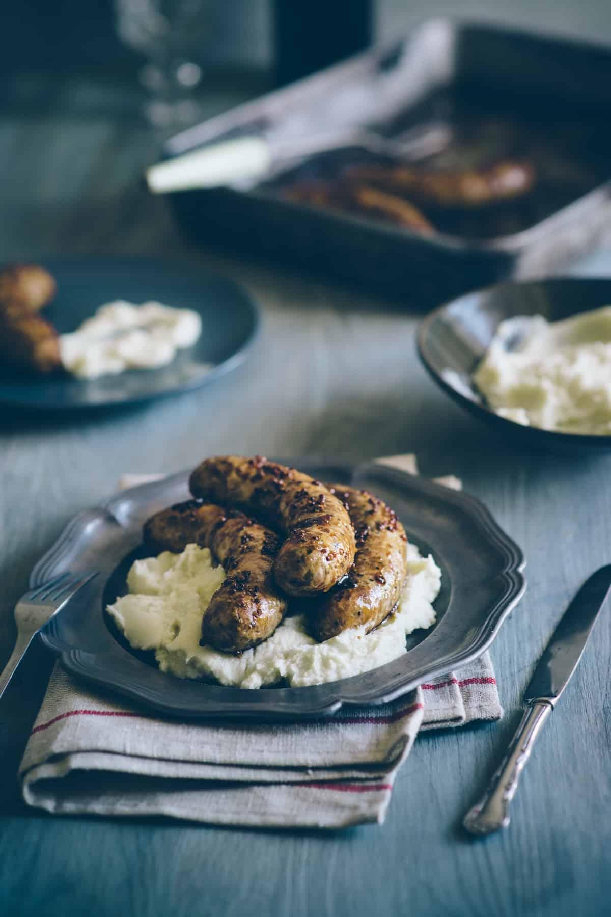 sausages with cauliflower mash