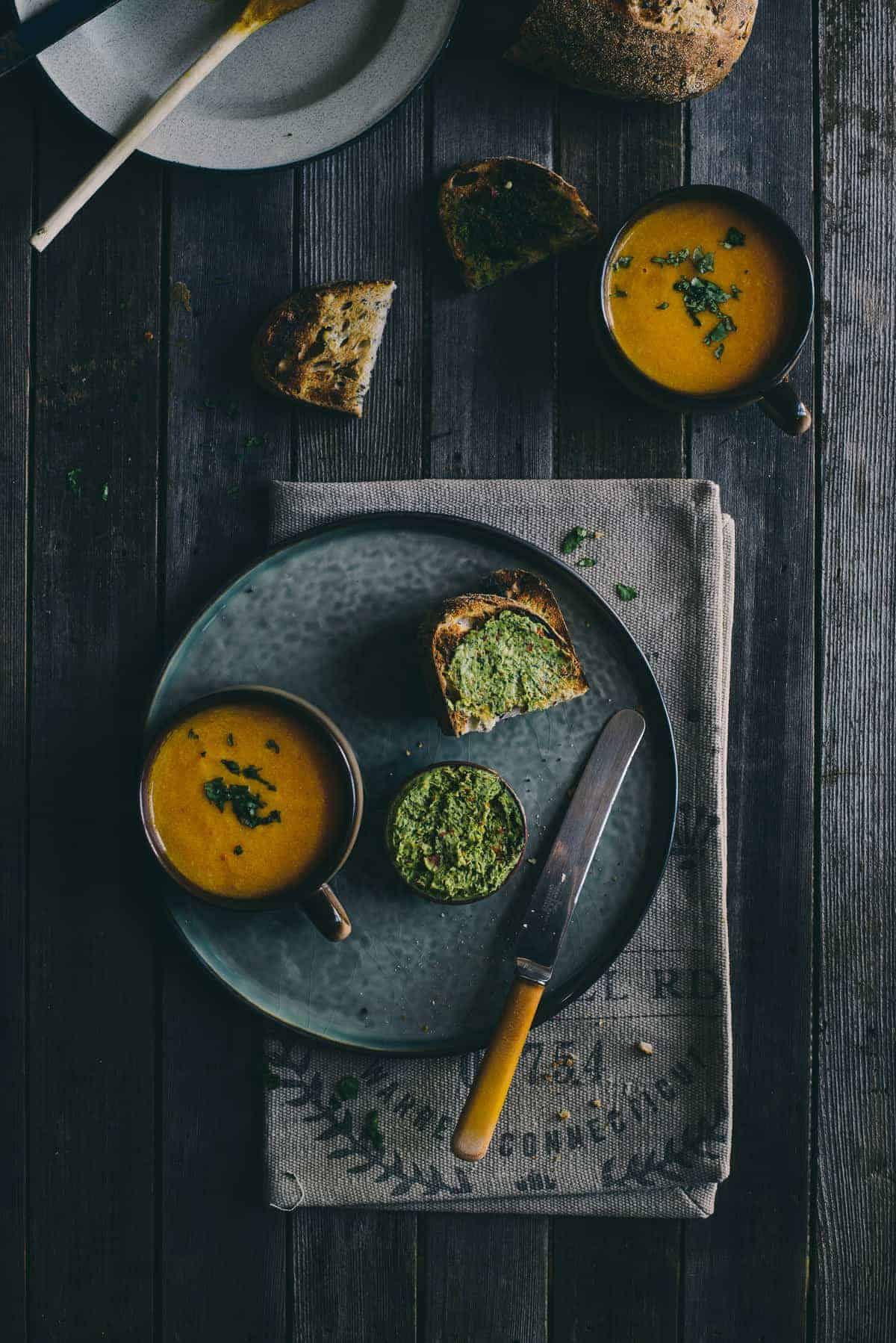 carrot and orange soup recipe with cilantro bread