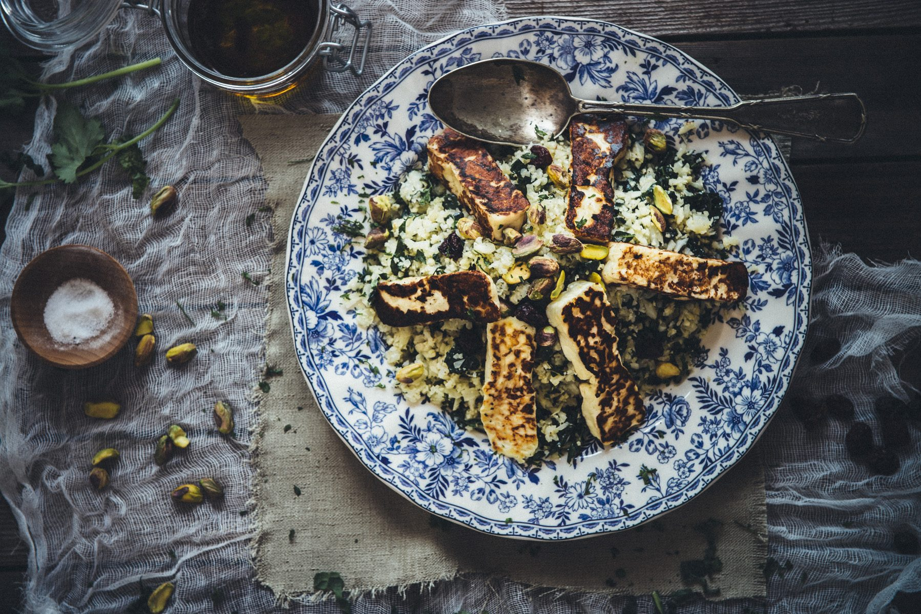 cauliflower and halloumi salad recipe