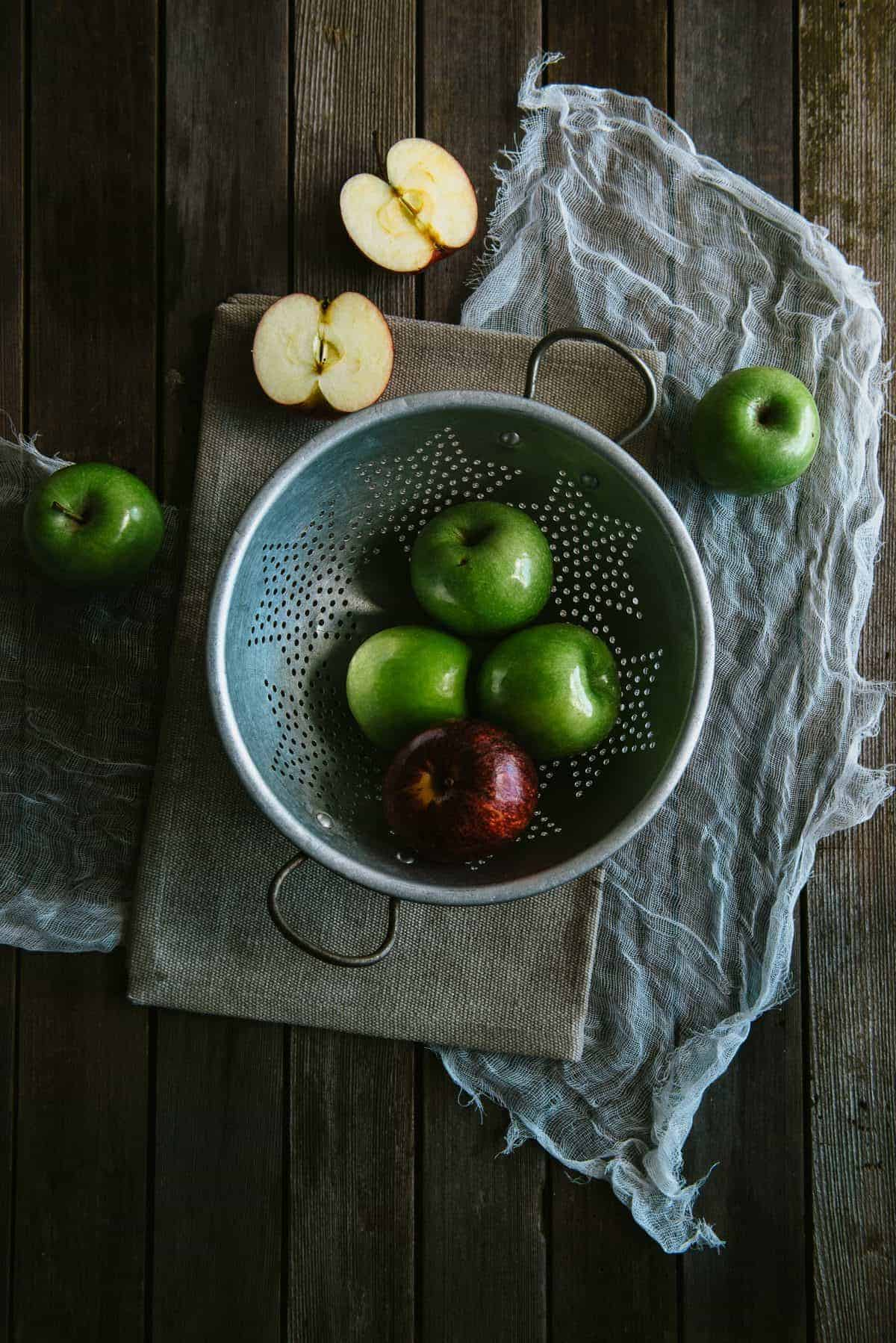 apples still life photography