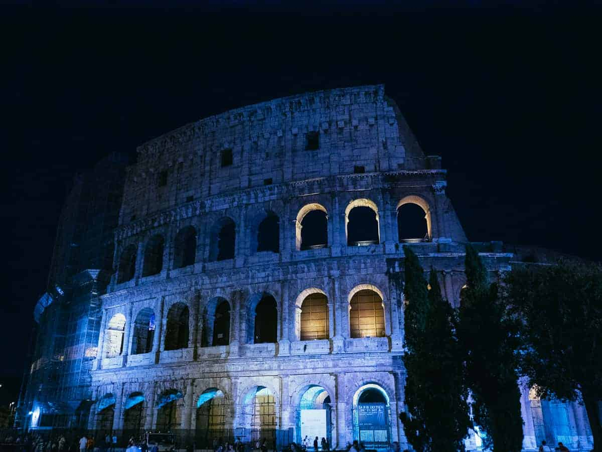 Colosseum - exploring Rome Italy