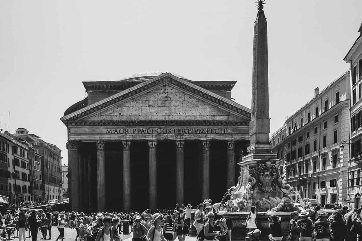 The Pantheon- exploring Rome Italy