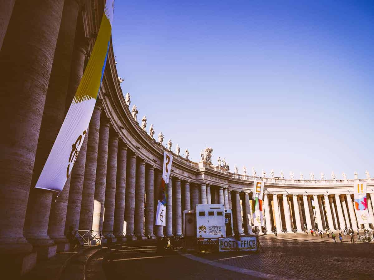 St Peter's Square Vatican - exploring Rome