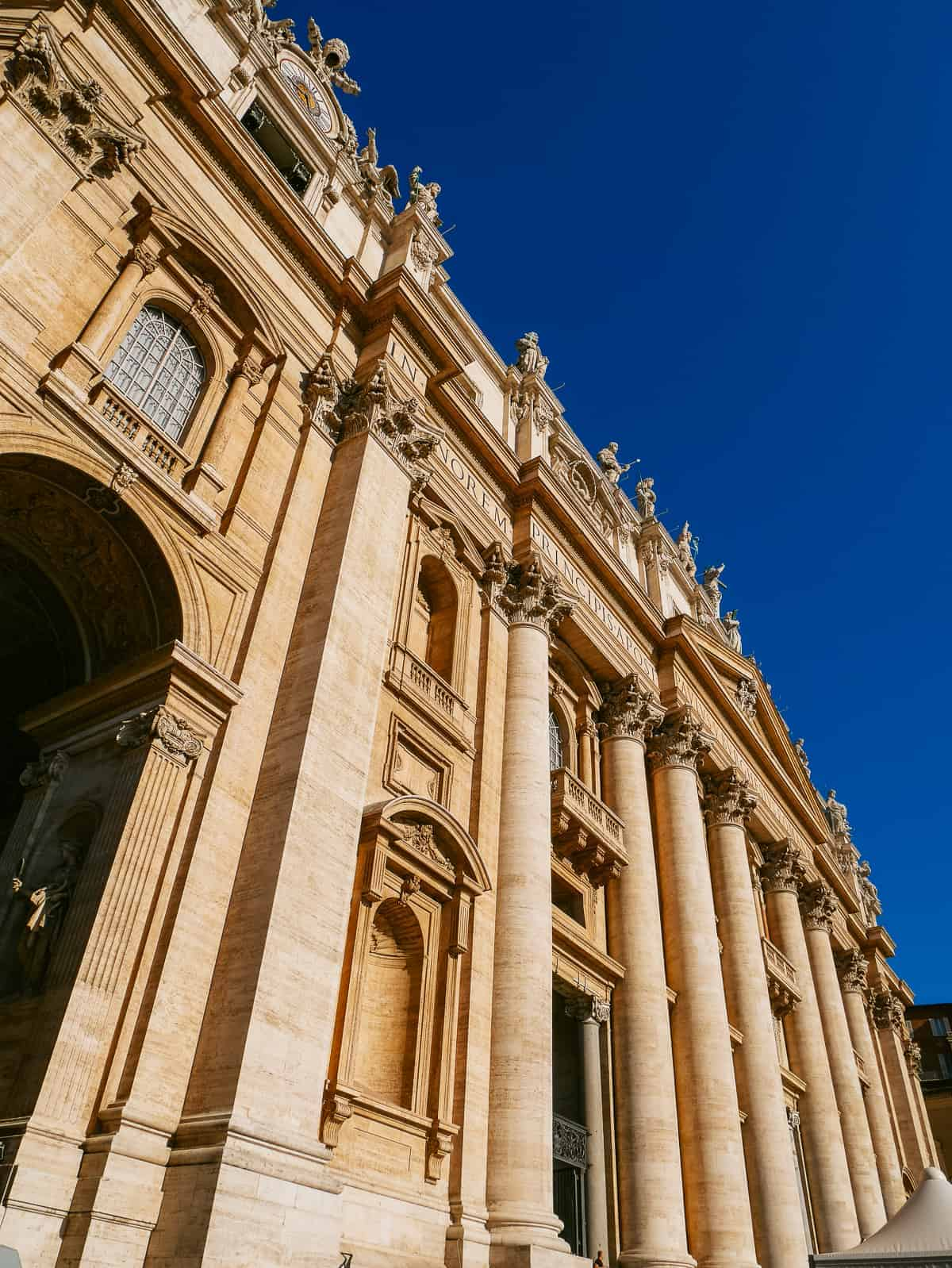 architecture of St Peter's Basilica