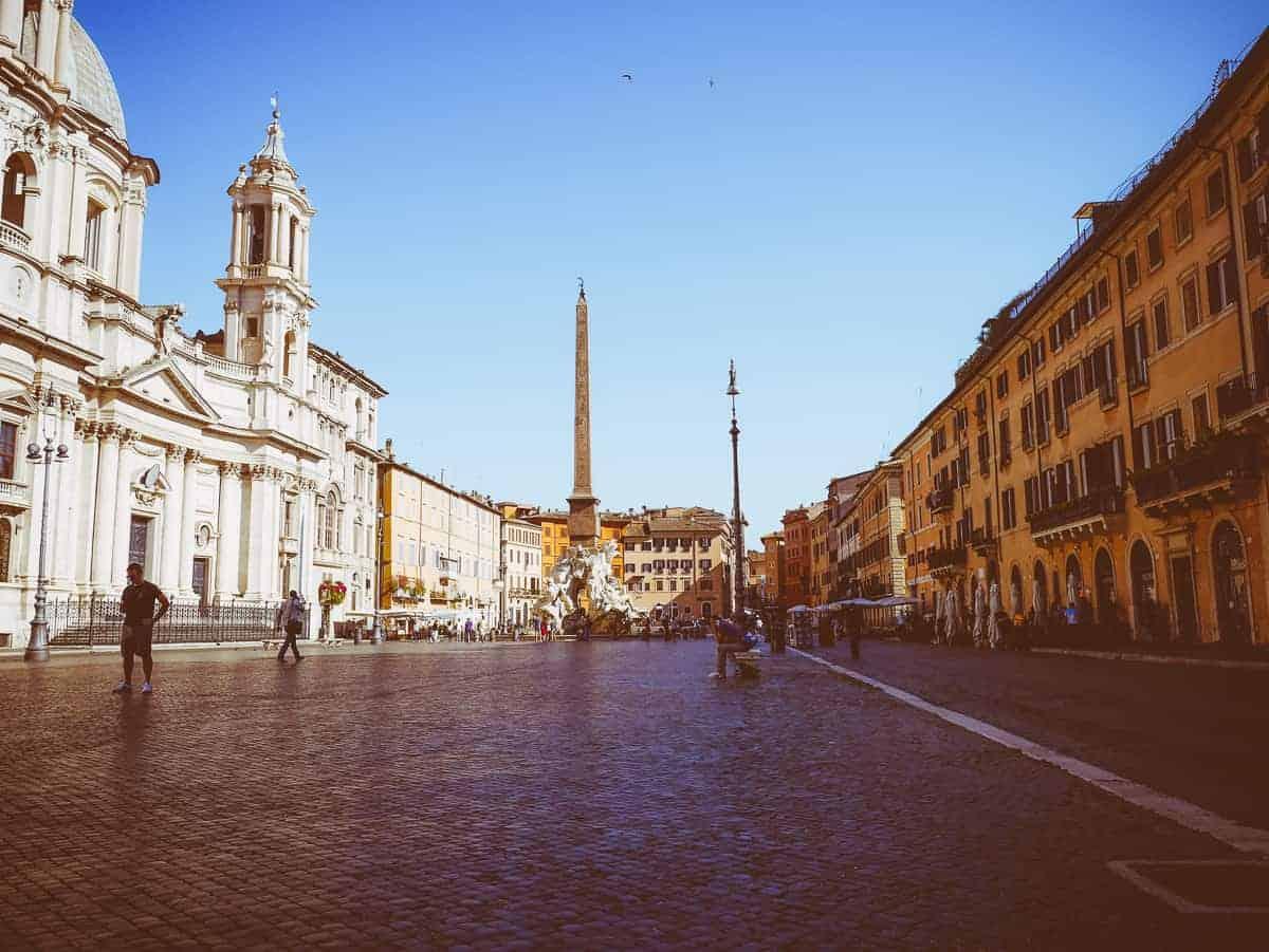 Piazza Navona - exploring Rome Italy