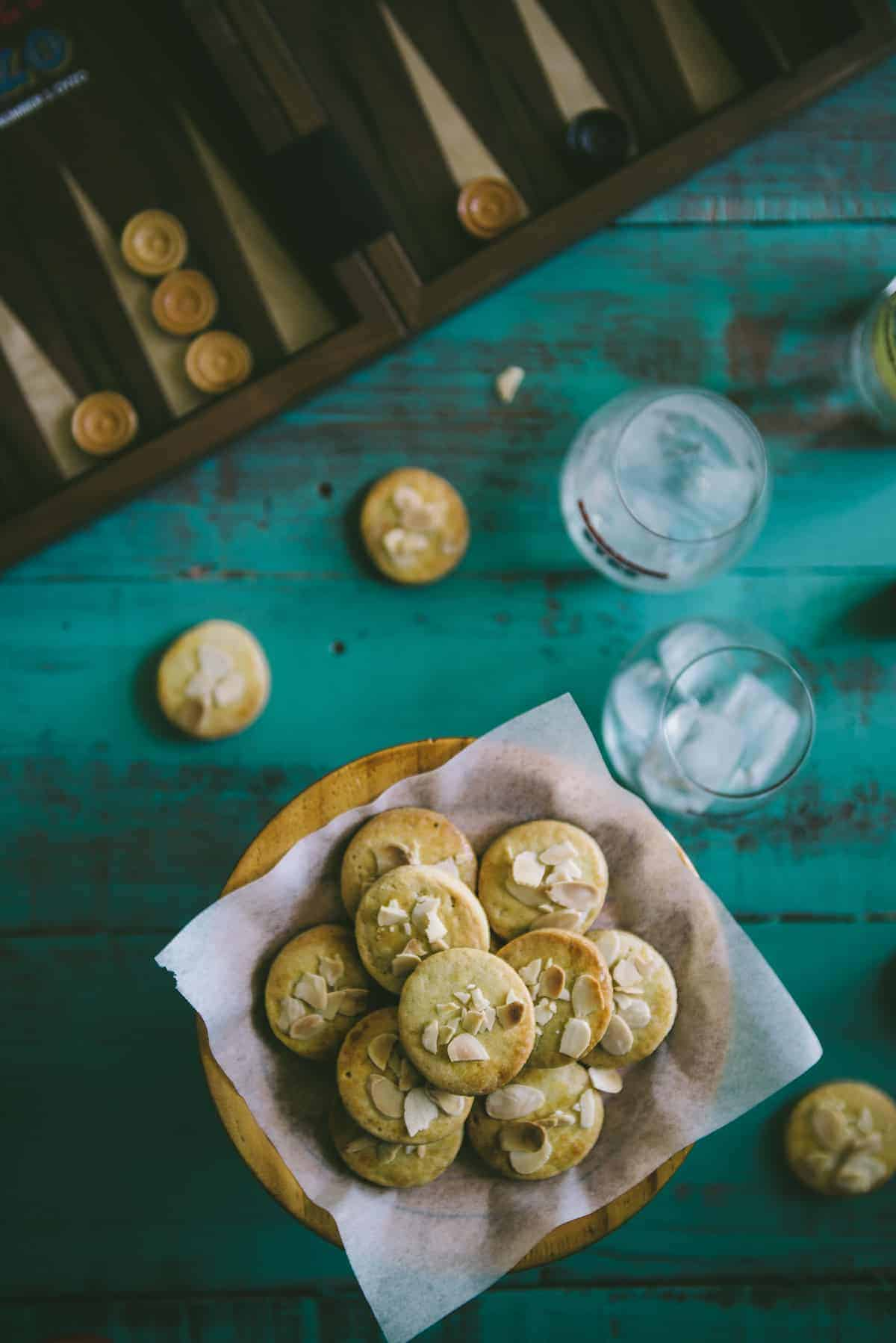 biscuits made with ouzo and lemon on a cake stand