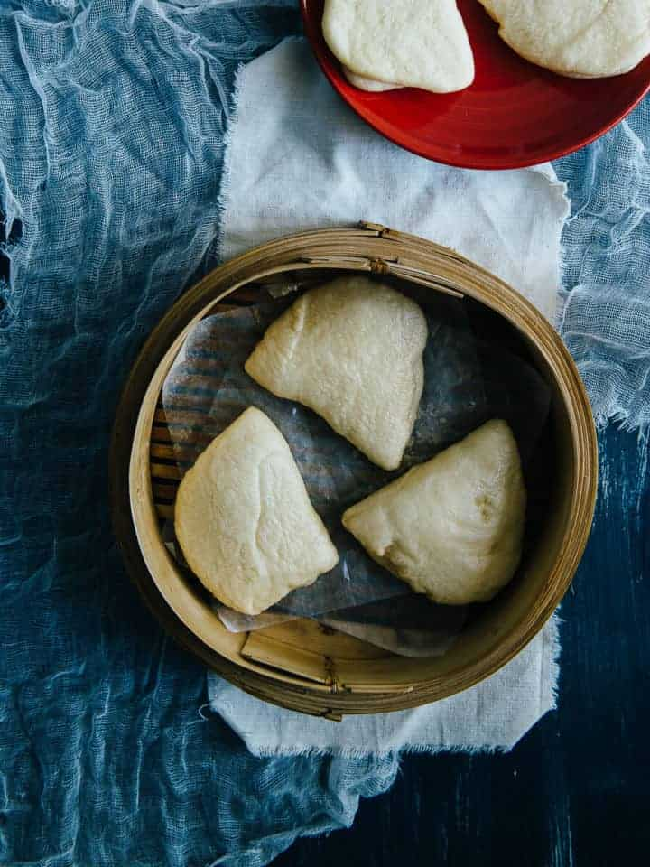 steamed pita bread in a bamboo steamer